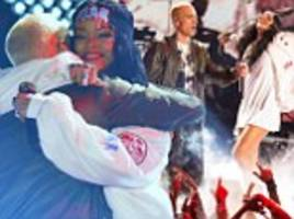 Rihanna and Eminem perform The Monster live at 2014 MTV Movie Awards
